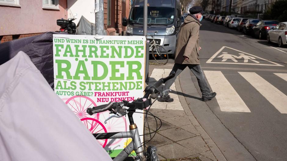 Triumphaler Erfolg: Die Frankfurter Grünen müssen sich der Koalitionsfrage stellen.