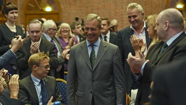 Briten eröffnen Endspiel um Europa