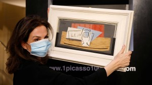 Frau bekommt 100-Euro-Los geschenkt und gewinnt einen Picasso