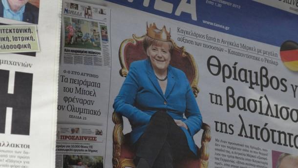 """""""Der Panzer Merkel siegt zum dritten Mal"""""""