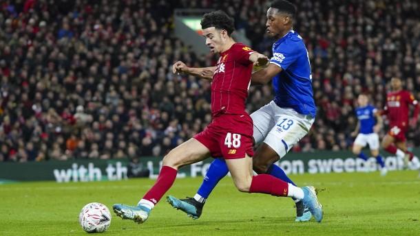 Liverpool gewinnt Pokalderby gegen Everton