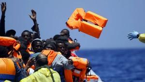 Rettung aus den Horrorbooten