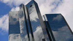 Chinesen steigen zum größten Deutsche-Bank-Aktionär auf