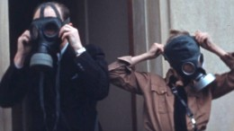 Fahnenappell und Hitlergruß im Urlaub