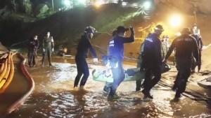 Navy Seals zeigen Video von Höhlen-Rettung