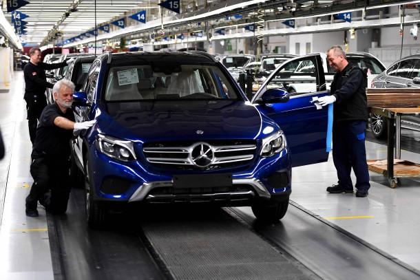 Bilderstrecke zu finanzierung deutscher unternehmen ber for Daimler mitarbeiter angebote