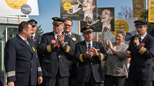Lufthansa-Chef: Streik trifft uns sehr hart