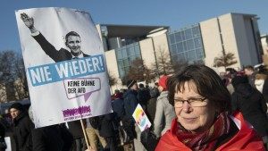 FDP und AfD verlieren nach Thüringen-Eklat