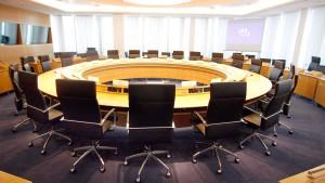 Grüne attackieren Union und AfD wegen EZB-Kritik