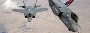 Zwei F-35 Kampfflugzeuge von Lockheed Martin: Das Unternehmen mit Sitz in Bethesda im Bundesstaat Maryland steigerte zuletzt seine Waffenverkäufe um 10,7 Prozent.