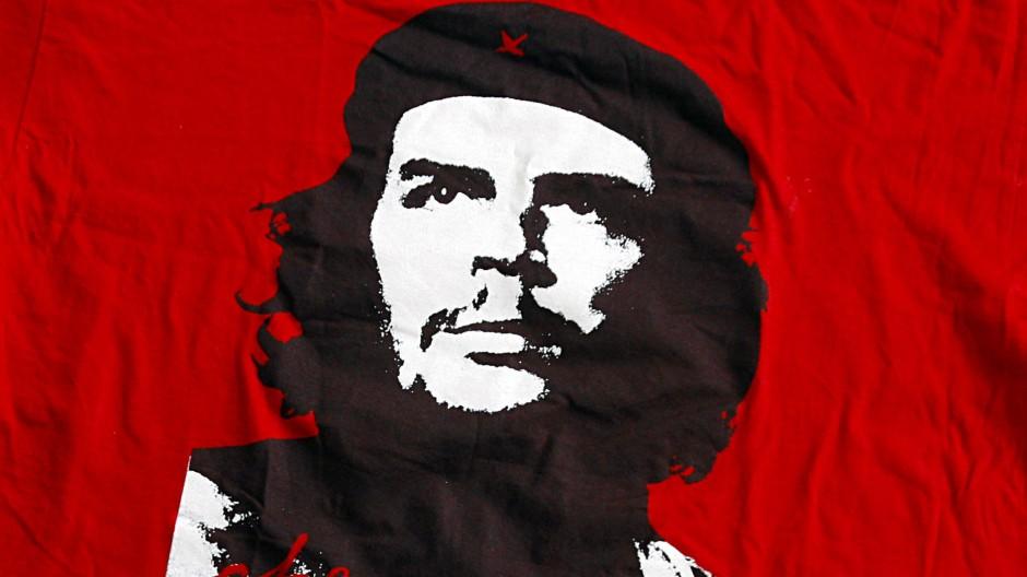 """Idol des linken Mythos: Ernesto """"Che"""" Guevara auf einem T-Shirt: Warum vergessen die Menschen, dass der Mann ein Soziopath war, der Massenmord beging?"""