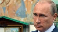 Lesen Sie Putins Stellenbeschreibung