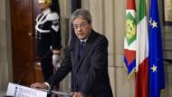 Paolo Gentiloni am Montagabend im Quirinalspalast in Rom, Sitz des italienischen Staatspräsidenten Sergio Mattarella