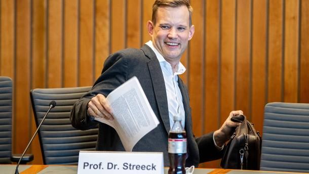 Virologe Streeck wehrt sich