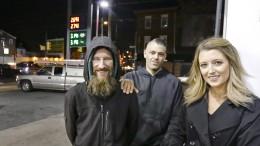 Junge Frau sammelt 160.000 Dollar für einen Obdachlosen