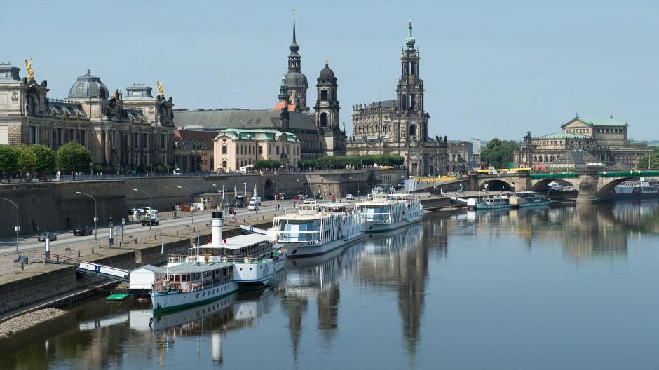 Sachsen konnte seine Schulden am deutlichsten senken - die Elbe in Dresden