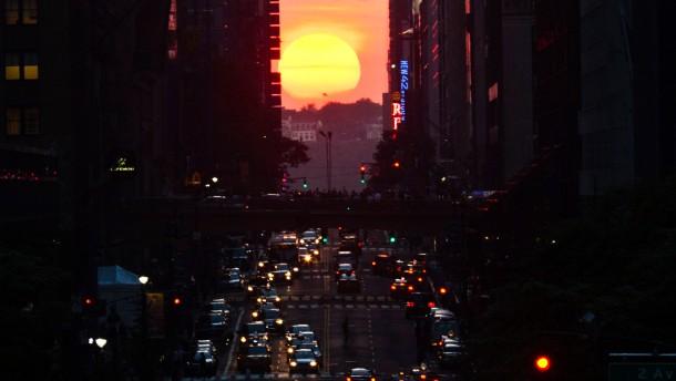 Das Universum dreht sich um Manhattan