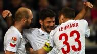 Kölner Freude: Rausch und Lehmann feiern den Torschützen Jojic (Mitte)