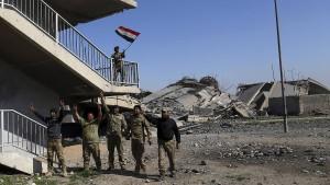 Iraks Sicherheitskräfte nehmen Regierungskomplex ein