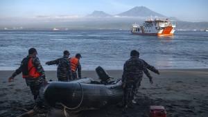 Sieben Tote und elf Vermisste nach Schiffsunglück vor Bali