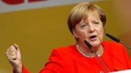 Neben den Wahlkampfauftritten dürfen Merkel und Schulz auch ihre üblichen Regierungsgeschäfte nicht vernachlässigen.