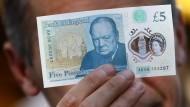 Neue Fünf-Pfund-Note aus Plastik