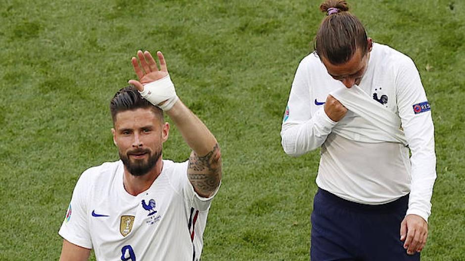 Giroud und Griezmann nach dem 1:1 gegen Ungarn.