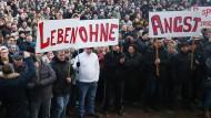 Russlanddeutschen demonstrieren im Januar gegen Gewalt und für mehr Sicherheit in Deutschland.
