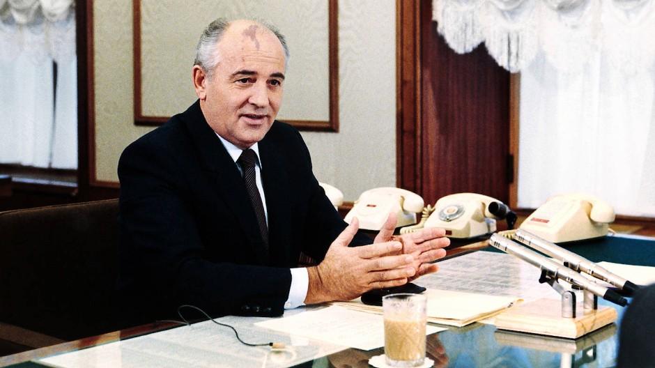 Der Reformer, der ungewollt zum Revolutionär wurde: Michail Gorbatschow, hier 1986 in Moskau