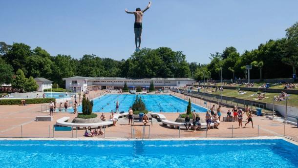pornokino in frankfurt männerdusche schwimmbad