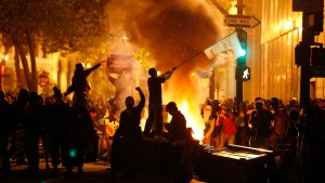 Mehr als 80 Festnahmen in Oakland