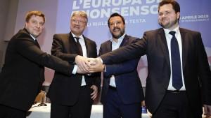 Europäische Rechtspopulisten werden Namen wieder ändern