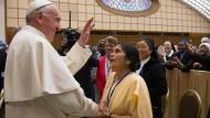 Wie der Papst die Rolle der Frau stärkt