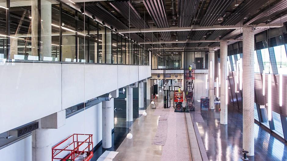 Startbereit: Das neue Gate am Frankfurter Flughafen ist fast fertig, im März ist die offizielle Abnahme.
