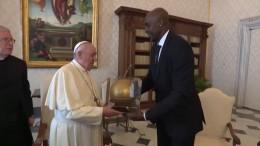 Der Papst empfängt NBA-Profis