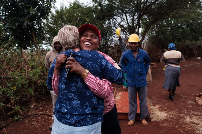 Goodwill Msibi, who called for help, is now free of the line and relieved.