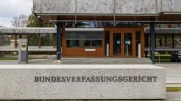 """Karlsruhe weist weitere Verfahren gegen """"Notbremse"""" ab"""