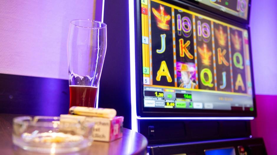 Mit dem Staatsvertrag sollen neue Regeln für das Glücksspiel gelten.