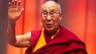 Widerspricht den Europa-Kritikern: Dalai Lama zu Besuch in Darmstadt.