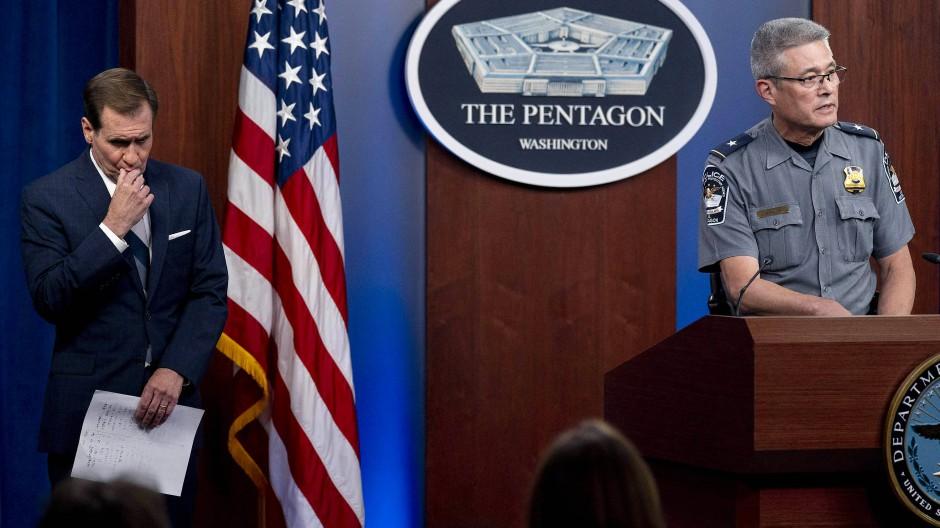 Der Leiter der Pentagon-Polizei, Woodrow Kusse, informiert über den Vorfall.