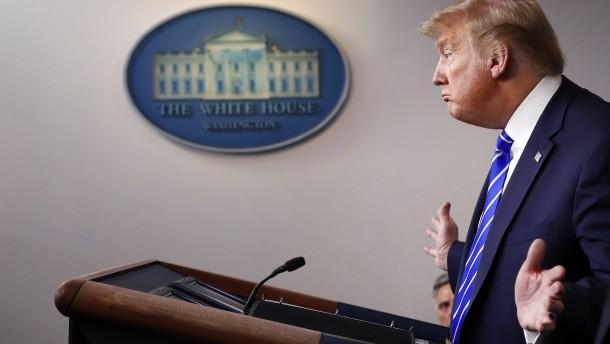Trump spekuliert über Spritzen von Desinfektionsmittel