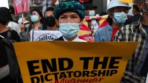Zwei Tote nach Schüssen auf Demonstranten