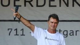 """Thomas Berthold spricht bei Stuttgarter """"Querdenken""""-Demo"""