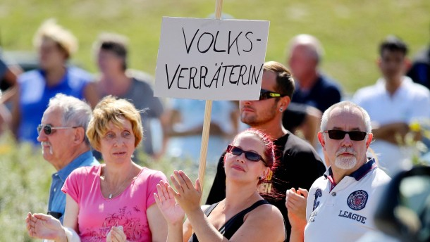 Heidenaus Bürgermeister warnt vor neuer Hetze