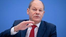 Scholz verzögert Digitalsteuer und stichelt gegen Merz