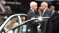 Mal nicht spitze: Matthias Müller (Volkswagen) und Dieter Zetsche (Daimler)
