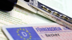 Bundesrat beschließt Plan zum Umtausch von Millionen Führerscheinen