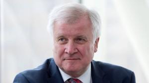 Seehofer nennt SPD-Vorgehen unwürdig