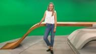 Moderaorin Jennifer Sieglar im ZDF-Studio in Mainz
