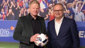 Kahn und Welke fahren nicht zur Fußball-WM 2018